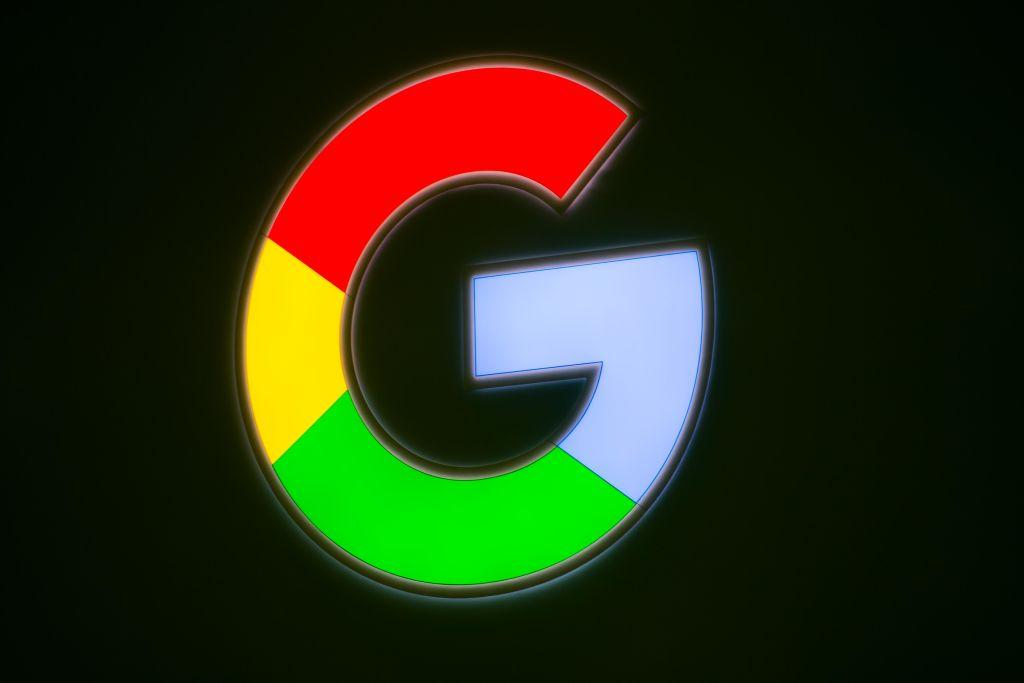 Google Joins the Bandwagon of Charging Clients for Storage with Apple and Photobucket
